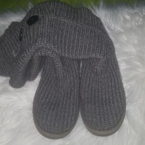 Classic Cardy gray  Ugg boots.